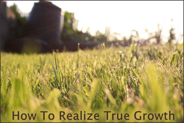 <h5>▲ How To Realize True Growth</h5><p>Sometimes a great shot is as easy as lowering yourself to the ground.  How many content titles can you think of for this simple shot?</p>